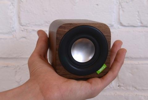 kickstarter 1q une enceinte bluetooth en bois igeneration. Black Bedroom Furniture Sets. Home Design Ideas