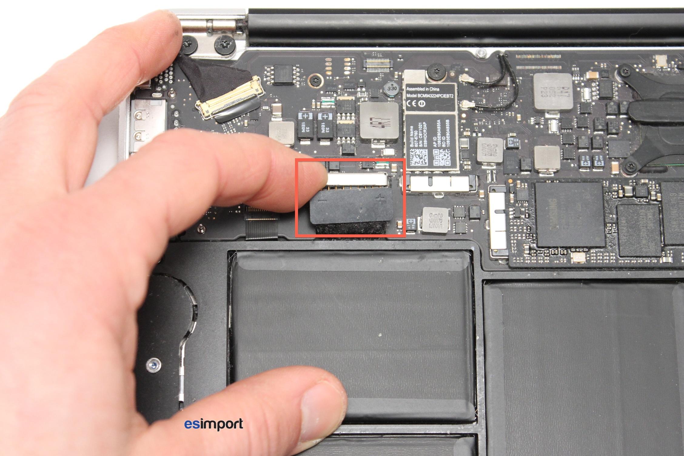 Conception innovante d2668 05cf9 Pas-à-pas : changer l'écran d'un MacBook Air 11