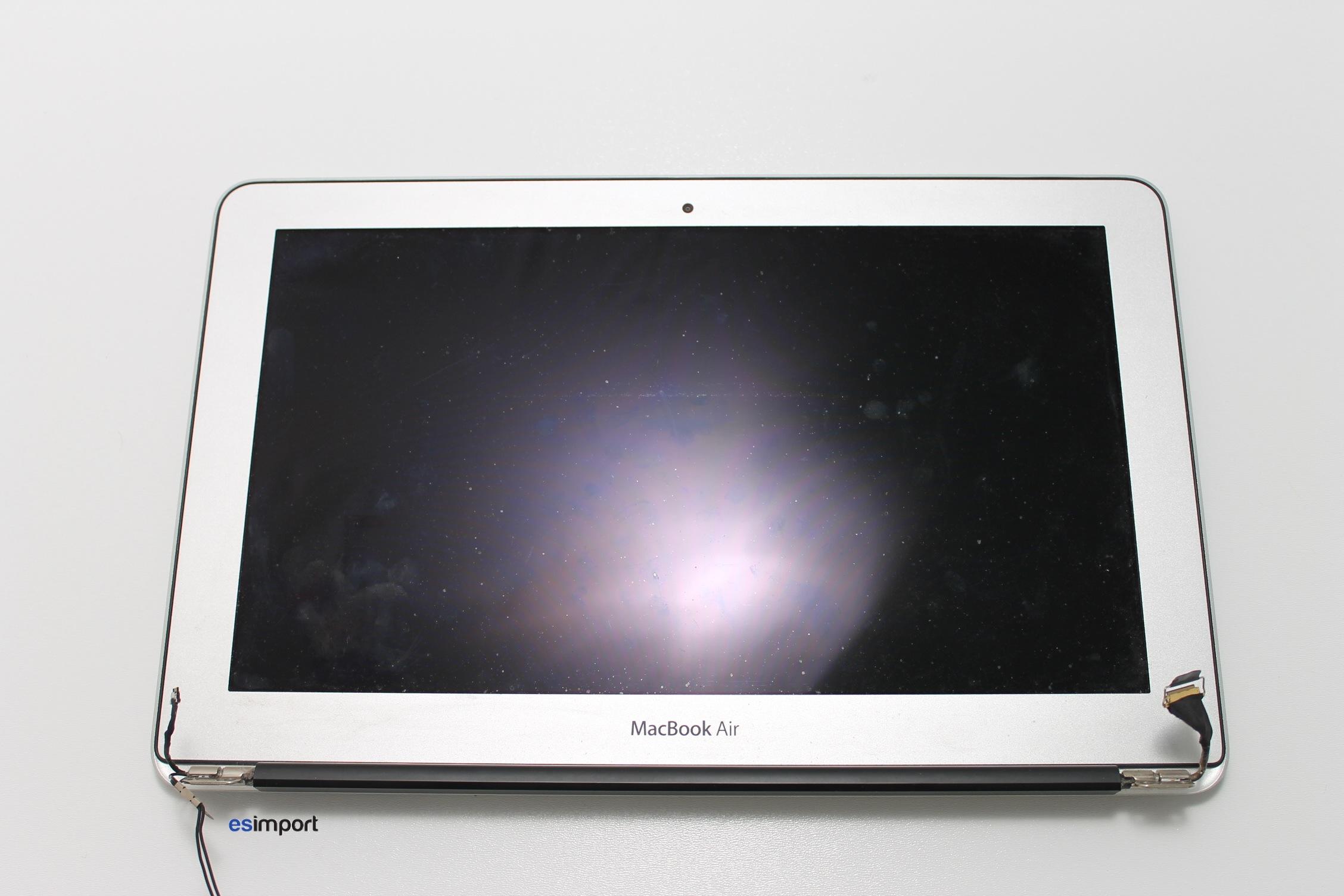 pas pas changer la dalle lcd d un macbook air 11 2010 2011 macgeneration. Black Bedroom Furniture Sets. Home Design Ideas