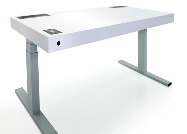 Stir kinetic desk un bureau qui vous aide rester en for Table qui monte et qui descend