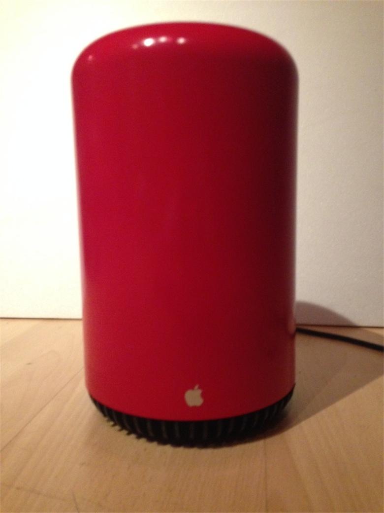 Le Mac Pro décliné en hackintosh avec une poubelle